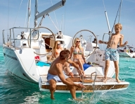 яхт-каникулах и чартерах