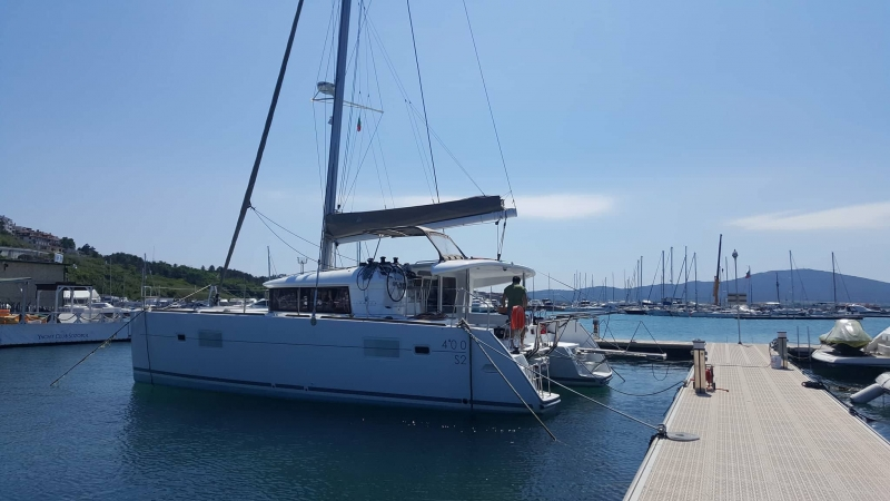 rent catamaran bulgaria