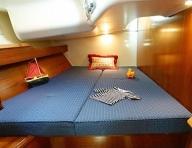 Rear double cabin